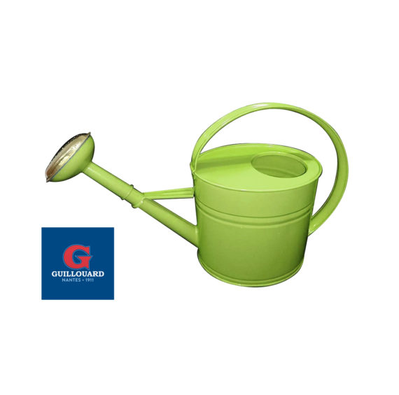 Un nouvel arrosoir vert Guillouard